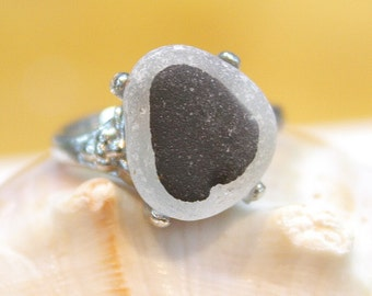 Eco Friendly One of a Kind Multi Sea Glass antique Silver Plated Ring Size 8.5 (G2)