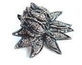Unique Black Lotus Flower Brooch Silver Glitter Vintage Floral Pin Japanned Metal Rhinestone Pin