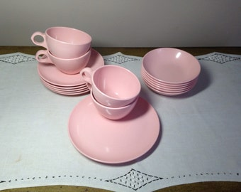Vintage Pink Melmac Dishes Cups, Saucers, Bowls Windsor USA