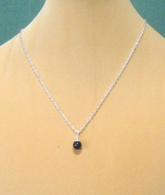 sterling silver single black pearl bridesmaid necklace