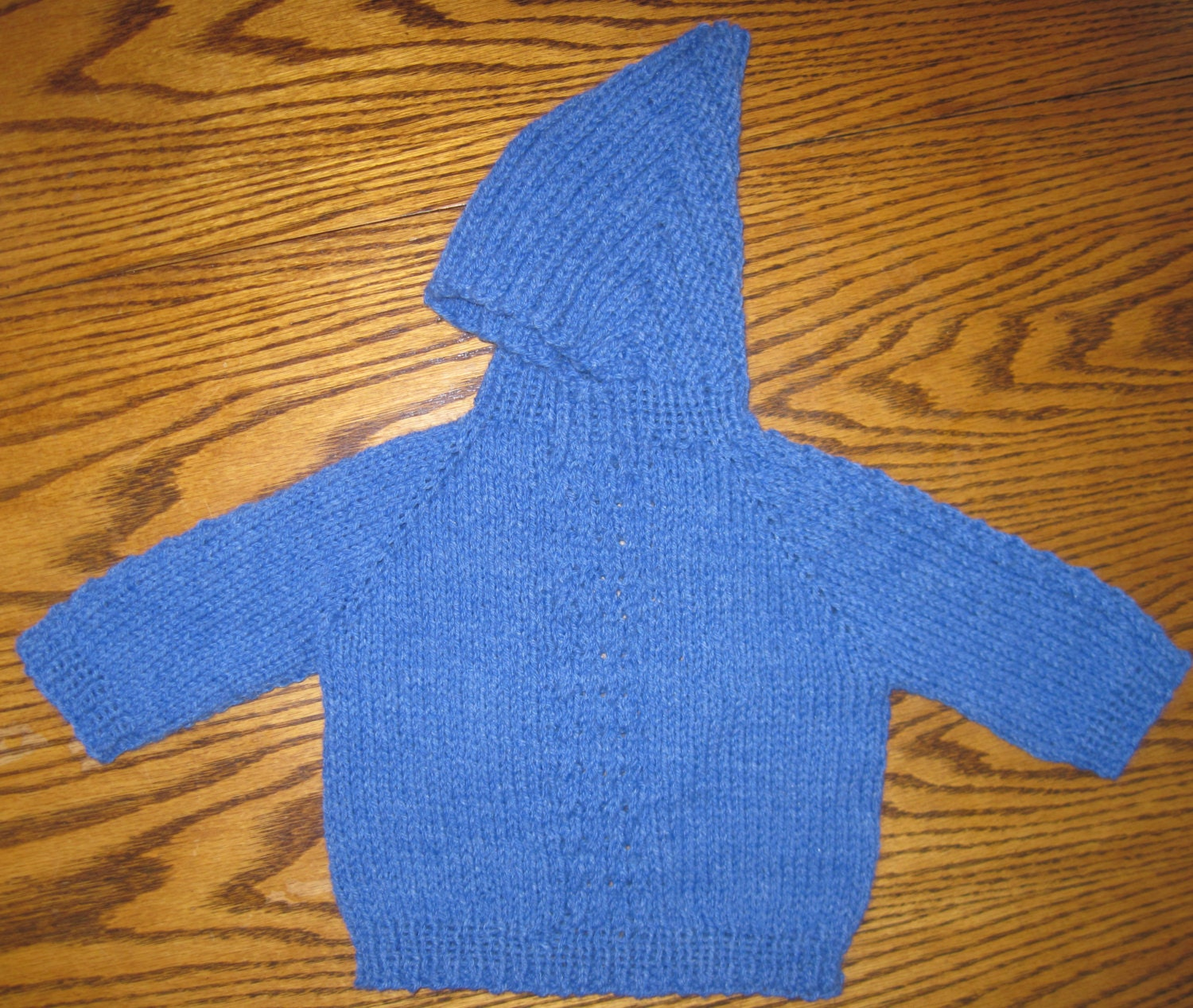 Knitting Pattern Back Zip Baby Sweater : Kitchen & Dining