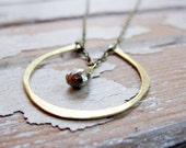 Verkauf - durch Zufall - Messing Hufeisen Halskette - goldene Pyrit Halskette - Artisan Tangleweeds Schmuck