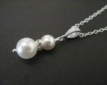 Bridesmaid Jewelry Pearl and Crystal Wedding Necklace Vickie