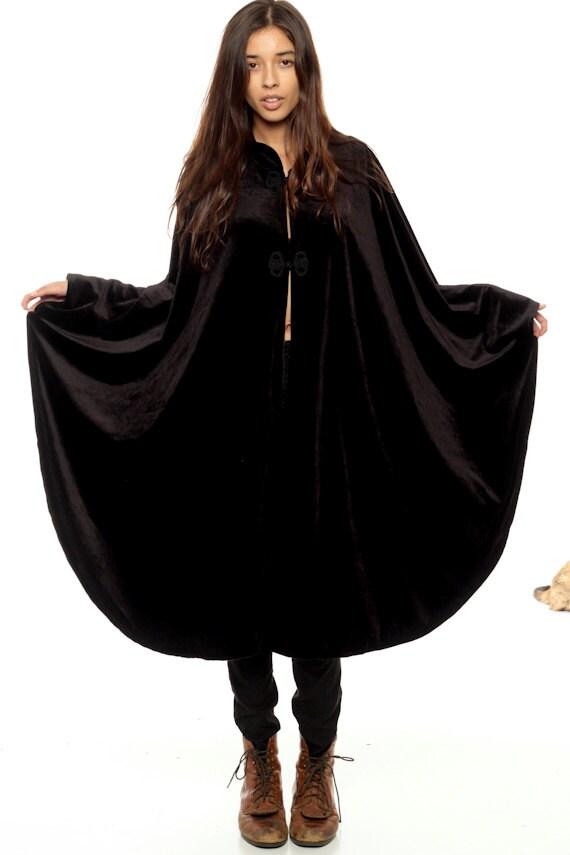 Black velvet cape long shawl boho gothic poncho 90s grunge for Small cape