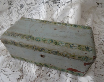 SALE Vintage Lovely Victorian Chippy Blue Wood Hand painted Pansies Box AS-IS