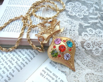 christmas assemblage necklace upcycle pin ornament