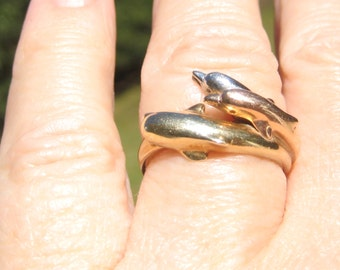 Lovely Dolphin Tri Colored White Yellow and Rose GOLD 10KT RING