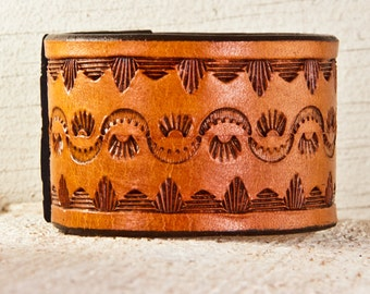 Sale Leather Jewelry Cuff Bracelet - Christmas Gift Ideas December Holiday Finds - 2017 Top Trends
