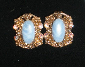 Vintage Thermoset Blue Earrings Clip AB Swarovski Crystal Rhinestones Antique Gold Retro Victorian Statement