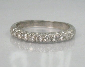 Platinum and Diamond Wedding Ring - Estate - 0.81 Carats Diamonds - Appraisal Icluded