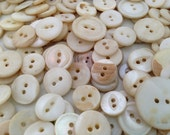 Vintage Shell Buttons 300 Mother of Pearl Shabby White 1/2 Pound