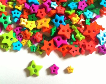 100 pcs - Cute star button 2 hole  Mix size and color