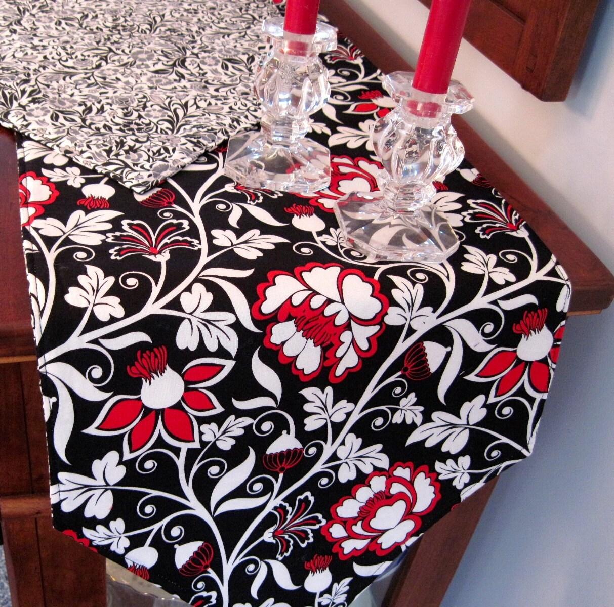 black and red table runner 72 reversible modern black. Black Bedroom Furniture Sets. Home Design Ideas