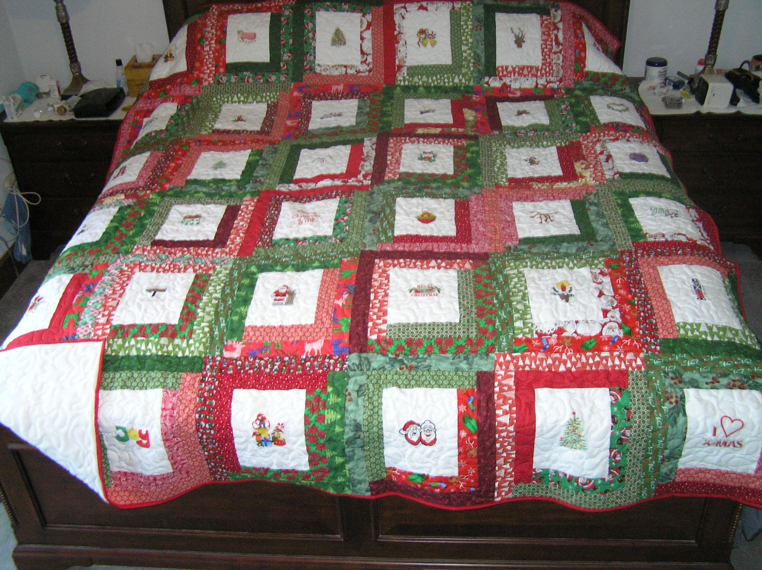 king size embroidered christmas quilt. Black Bedroom Furniture Sets. Home Design Ideas