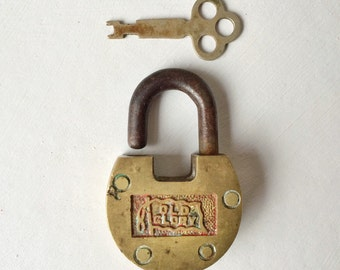 Lock and key, vintage brass Old Glory lock and key