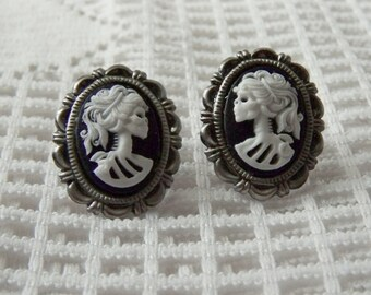 Skeleton Earrings - Lady Goth - Miss Skeleton - Bella Morte - Gunmetal Antique Silver Post Earrings - Black and White - Lolita