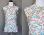 1960s Floral Blouse Vintage 60s Sleeveless Summer Shirt Button Down Top with Peter Pan Collar Medium