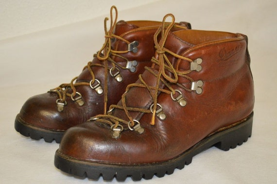 Vintage DANNER 6490 Leather Hiking Sport Work Boots 9 1/2
