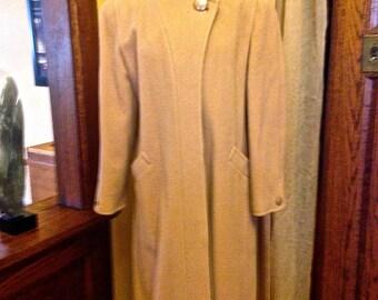 Classy Vintage Tan Wool Coat by McIntosh
