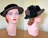 SALE Vintage 1940s Hat. Red white and blue straw beauty with a blue velvet ribbon. 22-22.5