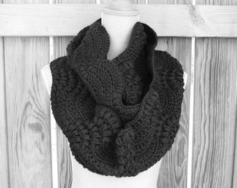Crochet Pattern Infinity Scarf, Crochet Infinity Scarf, Circle Scarf Fan Pattern Instant Download PDF