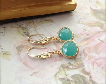 Green Mint Earrings Gold Pendant Earrings Fashion Jewelry Lucite Green