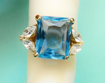 Vintage italian signed HC aquamarine blue glass cocktail Ring - Hollywood collection with warranty certificate- size 7.5 - Art.535/3-