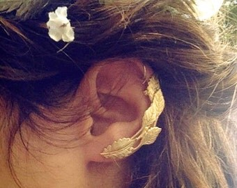 Ivy Ear Cuff, Gold Leaves Earring, Gold Plated, Ear Climber, Ancient Greek Jewelry, Boho Chic, Bohemian Hand Made Ear Huggie, Bridal jewelry