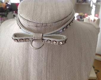 Vintage Pet Collar ~ Silver Rhinestones And  Bow ~  Small Cat  Collar ~ Shabby Chic ~ Old Fashioned Pet Collar ~ Collar with Bling