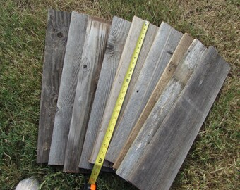 Reclaimed Planks Old Fence Wood Boards - 10 Fence Boards - 24 Inch Length - Weathered Barn Wood Planks Good Condition - Sign Boards