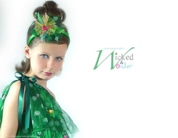 Christmas Dress Girls, Holiday party Dress for kids, Christmas Tree Dress with Holiday Grinch Ornaments, for tween teen pine tree green