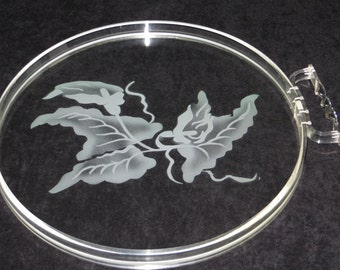 Round Lucite and Glass Serving Tray / Vintage Acrylic & Glass Tray