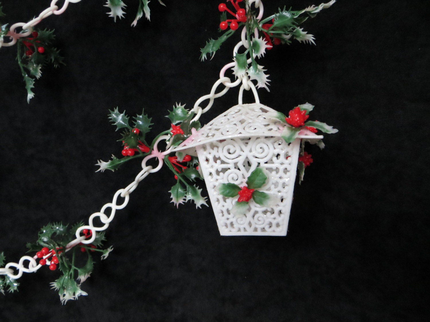 Vintage christmas chain garland with lanterns