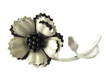 Mid Century Black and White Flower Enamel Brooch Ruffled Edges Estate Jewelry