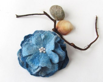 Felt brooch Blue Felted brooch, Blue  felt flower, Fancy flower, wool jewelry, felted flower Accessories woman  by Galafilc