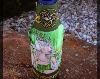 Titania, Faerie Queen Collapsible Bottle Hugger Insulator