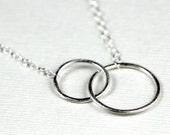 Eternity Circle Necklace, Minimalist Silver Interlocking Hoop Necklace, Modern Geometric Necklace, Bridal Gift Necklace – Leeza Necklace