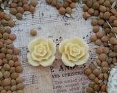 Large Bridal Plugs, Prom Plugs, Flower Plugs, Cream Roses