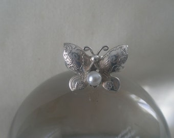 Vintage Sterling Silver Hallmarked Butterfly and Pearl Ring