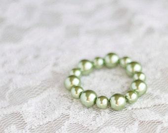 Pearl Bracelet. Newborn Bracelet. Green. Baby Bracelet. Bead. Pearl.Toddler. Child. Photography Prop. Newborn Prop. Tolola Design.