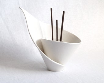 SPIRAL lily reed diffuser, incense stick burner, votive tealight candle white porcelain modern design zen decor scandi scandinavian calla