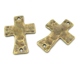 2 pieces - Hammered brass cross connector charms bead - BD660