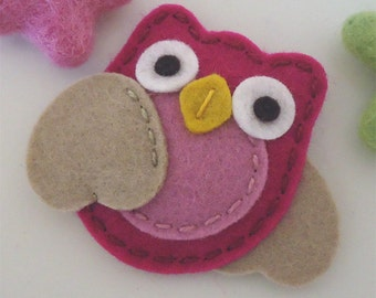 Felt hair clip -No slip -Wool felt -Owl -raspberry /tan wings