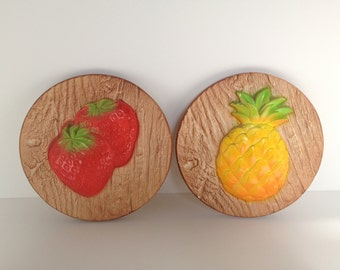 Vintage Strawberry & Pineapple Round Chalkware Wall Hanging Set // 1950s