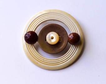 Button Brooch Made From Vintage Pieces Button Brooch