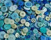 25 Buttons, Blues and Teal Green mix Buttons, OCEAN WAVE Mix Assorted Size Mix Grab Bag Crafting Jewelry Collect (1622)