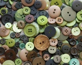 100 Button Mix, Forest colors, CAMOUFLAGE Green, Camo  Brown, Tan Mix, Crafting Jewelry  (1567)