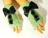 Knitted Green Gloves, Green Women Winter Mitten, Trendy Women Fingerless, Winter Accessories,  Green Halffinger, Green Armwarmer