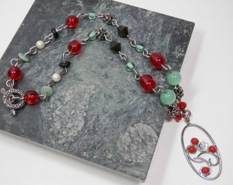 """17"""" Necklace Oval Pendant Clear Faceted Rhinestone Red Mint Green Black Beads Hand Design Silver Tone Wire Link Fashion Ladies Accent Gift"""