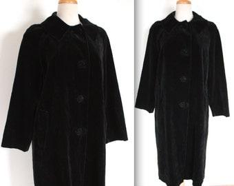 SALE 65  1950's Coat // 50s 60s Midnight Black Velvet Evening Coat // Opera Night